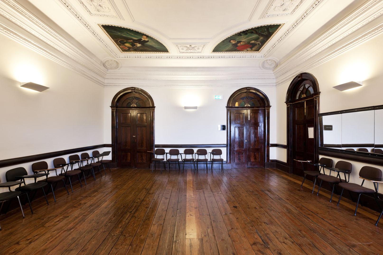 Galeria teatro do bolh o for Sala de estar palacio